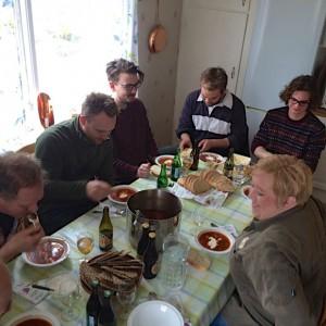 Kockar från Rosendals Trädgård äter på i Lillstugan.